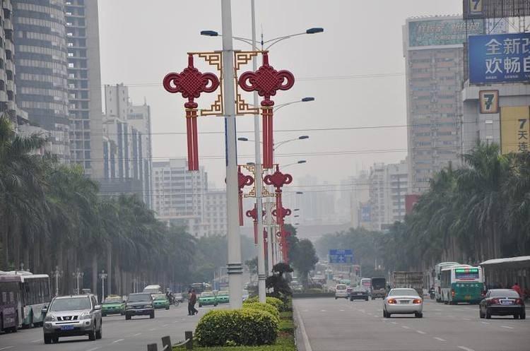 中国结路灯